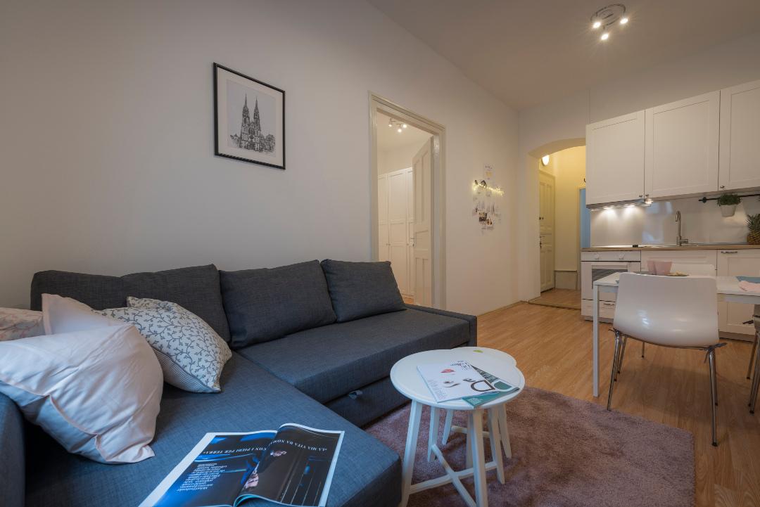 Zlata Apartman 332